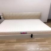 سرير نفرين مع مرتبة طبيه من سليب هاي استخدام نظيف