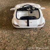 سيارة أطفال مرسيدس للبيع