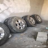 جنوط مع كفراتهم توي منزلهن من السيارة و تاريخه جديد