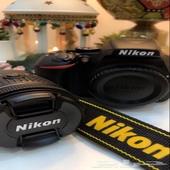 كاميرا نيكون شبه جديده