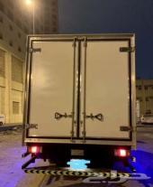 شاحنات نقل داخل الرياض