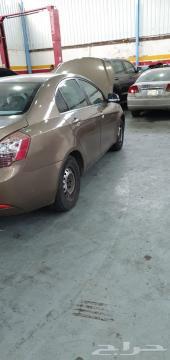 سيارة  جيلي نظيفه تشليح للبيع