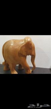تمثال مجسم فيل نحت من الخشب