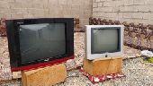 2 تلفزيون