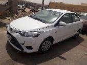 للبيع سيارة يارس 2014