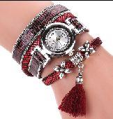 ساعة مع اكسسوار تحفة على  اليد