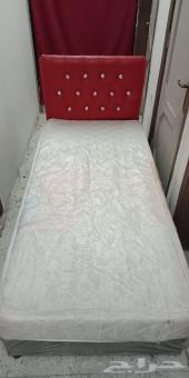 بيع مستعجل سرير لنفر واحد