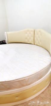سرير نوم  دائري