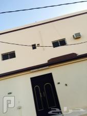 بيت للبيع  في الدوادمي  دورين مجدد