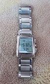 للبيع ساعة الفجر الاصلية