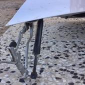 شنطة فيوجن مع المفصلات والمسطرة بها سمكرة خفيفه محل العلامة