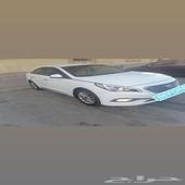 للبيع سياره سونتا 2015