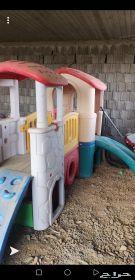 بيت فيبر للأطفال مع دباب ثابت