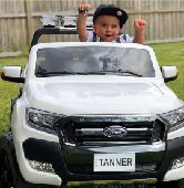فورد للأطفال بشاشة دفع رباعي عجلات مطاط