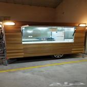 عربة فود تراك Food truck للبيع