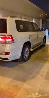 جيب لاندكروزر V8 2018 )GXR)