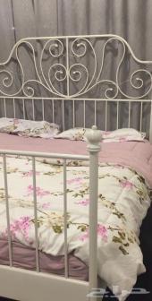 سرير ايكيا للبيع لايوجد به عيوب