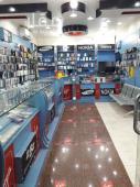 محل للتقبيل في حي طويق في الرياض