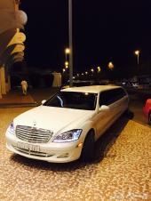 سيارات ليموزين للإيجار لنكلولن اسود مرسيدس كرايسلر 3 اكس كورجن فورد1 للأعراس والمناسبات توصيل واستقب