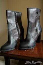 حذاء ماركة تشارليز أند كيث