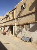 بيت للبيع في حي سلطانة في الرياض