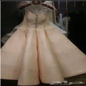 فستان من تصميم غدير البرجس