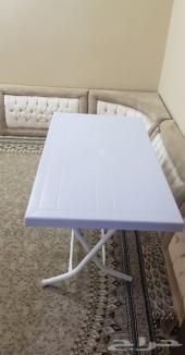 فرصة طاولة وكراسي جديدة
