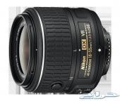 كاميرا Nikon D5200 بالاضافه لكافه الملحقات.