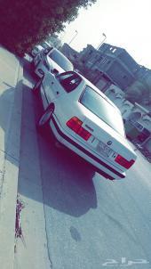 للبيع BMW مديل 1990 يحمل لوحه رقم 7