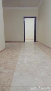 شقة صغيرة غرفة ومطبخ وحمام  في مجمع نظيف