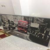 لوحة حائط من ايكيا وكذلك زولية جديدة
