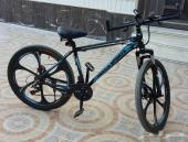 للبيع دراجة نظيفه استخدام قليل