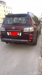 سيارة لكزس خليجي موديل 2014 للبيع في الرياض