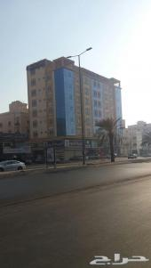 عمارة تجارية شارع صاري مؤجرة عقد جديد 10سنوات