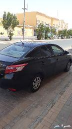 سيارة تيوتا ياريس 2015