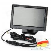 فريم لوحة للسيارة مع كاميرا خلفية وشاشة