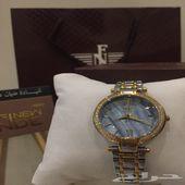ساعة نسائية فخمة للبيع