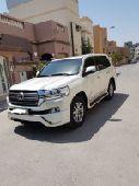 البحرين   للبيع لاند كروزر موديل 2016