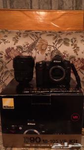 كاميرا نيكون Nikon D90 مع عدسة 18-105 نظيفة مع علبتها والفاتوره