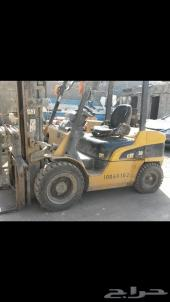 رافعة شوكية كتربلر  3 طن موديل 2004