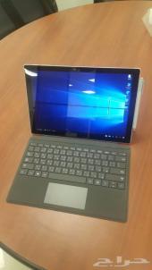 الكمبيوتر اللوحي من مايكروسوفت برو 4 مع كيبور