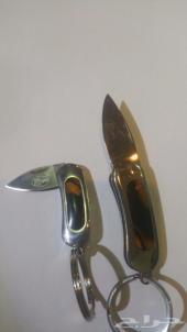 سكين ميدالية بحجم المفتاح من العجيب والغريب