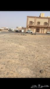 للبيع ارض بجوار المسجد حي الملك فهد داخل الحد
