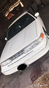 للبيع فورد كراون فكتوريا أبيض موديل 96