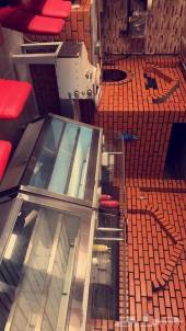 مطعم شارع بترومين جازان للتقبيل بكامل اغراضه
