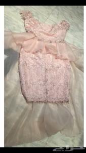 فستان للبيع فخم بجدة
