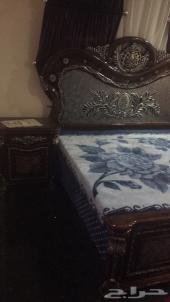 غرفة نوم  و كنب و مجلس ارضي للبيع
