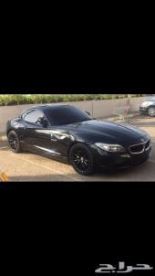 للبيع BMW Z4 3.5 اللون اسود ومن الداخل احمر