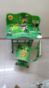 طاولات دراسة للاطفال