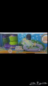 زحليقة مائية مع جهاز فقاعات الصابون